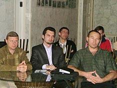 слева на право С.Ю. Демкин, Д.А. Удалов, В.И. Перелыгин, на заднем плане О.А. Рыбаков