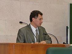 Докладчик В.Н. Костенко