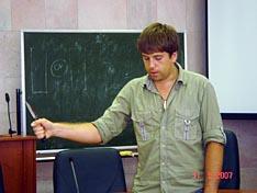 К.А. Любин рассказывает о различных вариантах хвата ножа