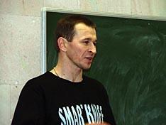 Докладчик C.Величко